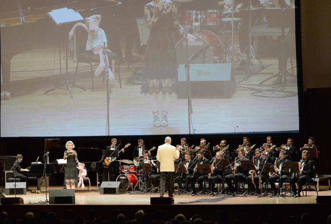 Международный фестиваль джаза завершился большим концертом его участников на сцене Новосибирской филармонии
