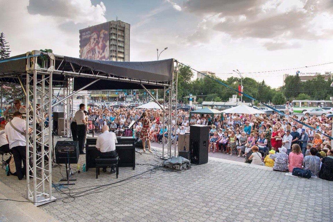 Юбилейный фестиваль «На ступенях» подарит всем горожанам Новосибирская филармония