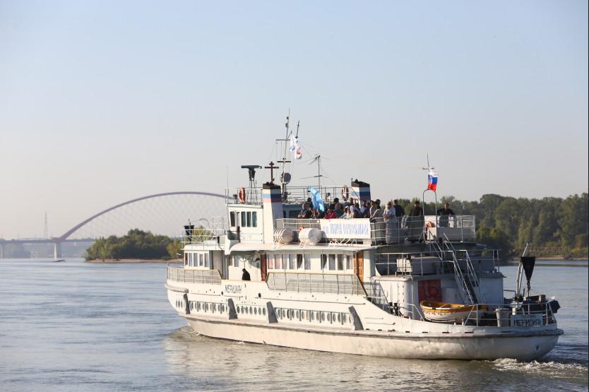 Корабль «Святой апостол Андрей Первозванный» отправился по районам Новосибирской области