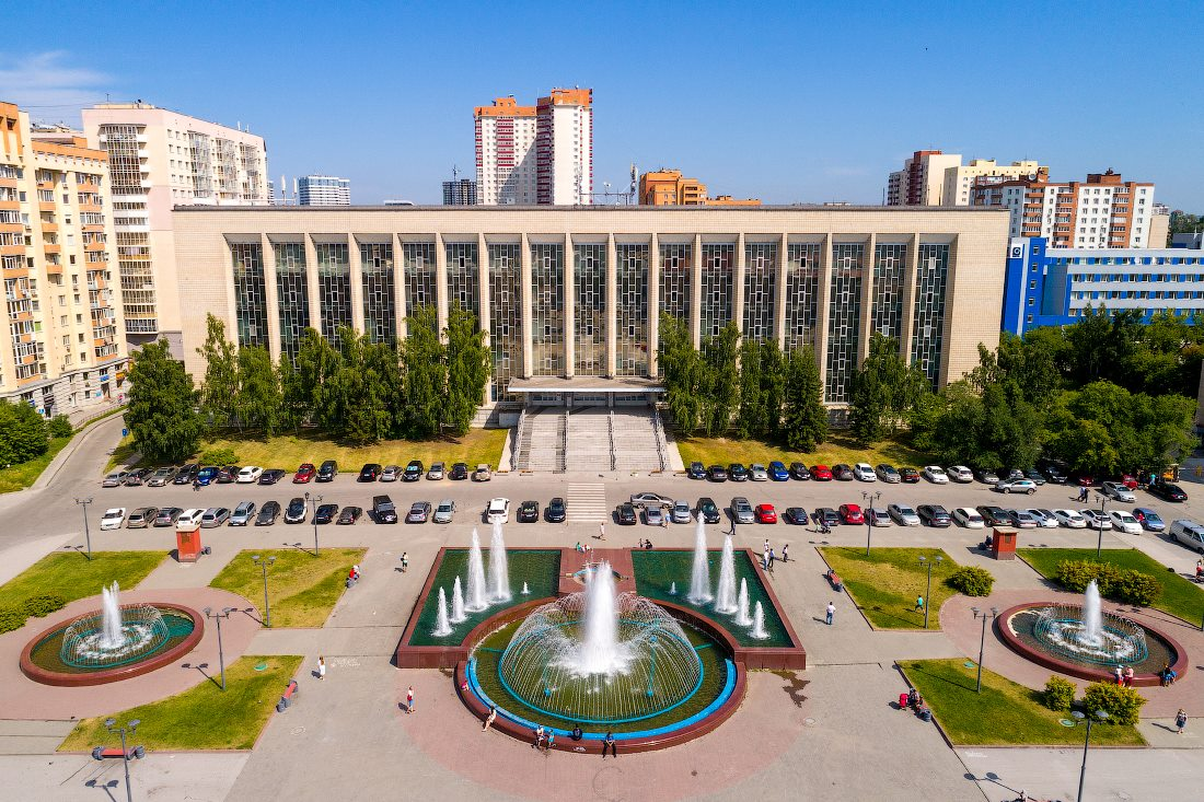 Крупнейшая библиотека региона празднует столетие