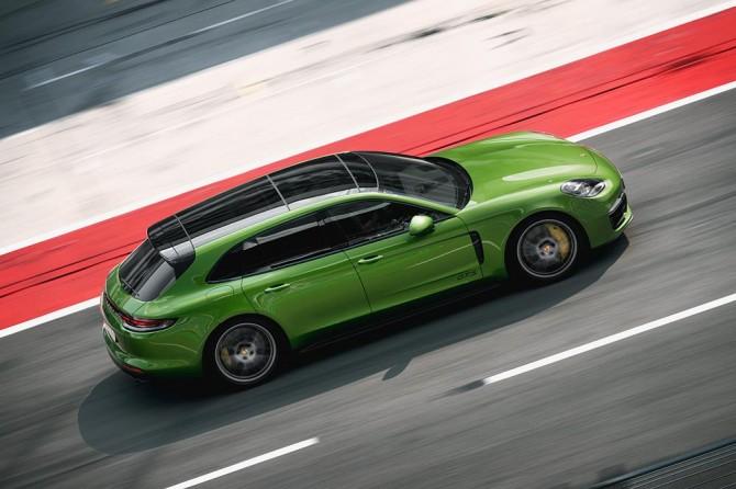 Panamera GTS и Panamera GTS Sport Turismo доступны для заказа в Новосибирске