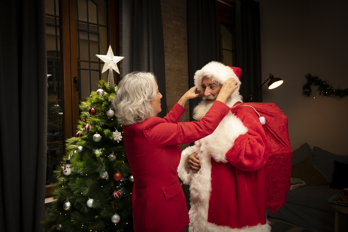 Сбербанк впервые представляет индексы Деда Мороза и Снегурочки