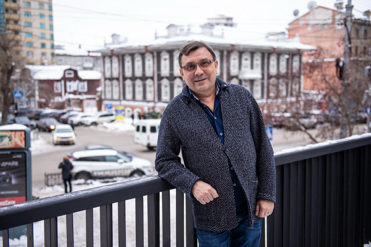 Александр Баянов: «Невозможно быть независимым от реальности»
