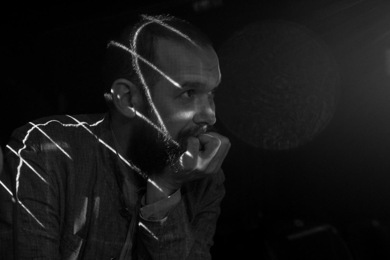 «Старый дом» устраивает премьеру цифрового спектакля с элементами дополнительной реальности про Янку