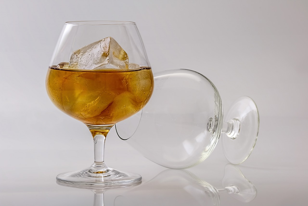 Минпромторг региона подготовил законопроект по ограничению продажи алкоголя в жилых домах