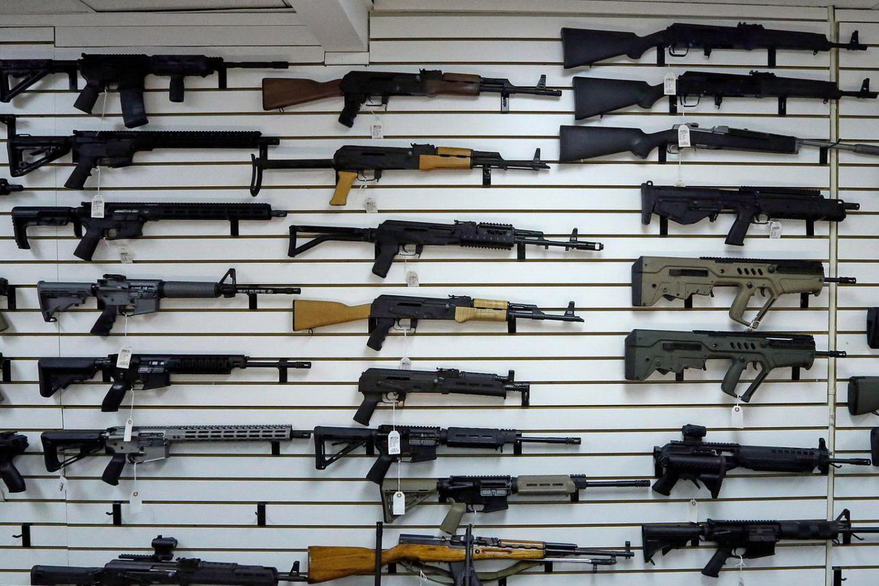 Больше половины россиян готовы защищать свою собственность с оружием
