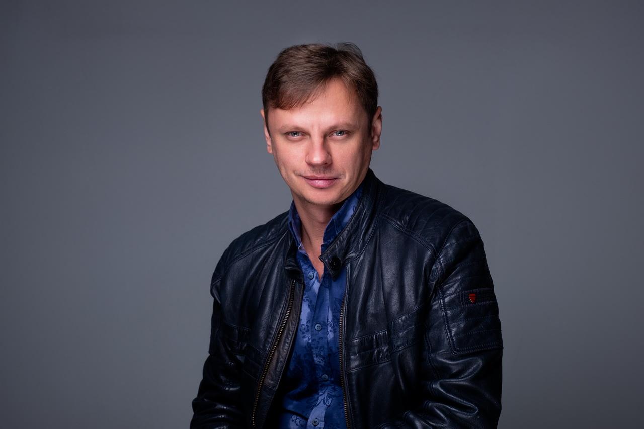 Павел Южаков: «В отличие от Носова, мы знаем это будущее, мы в нём живём»