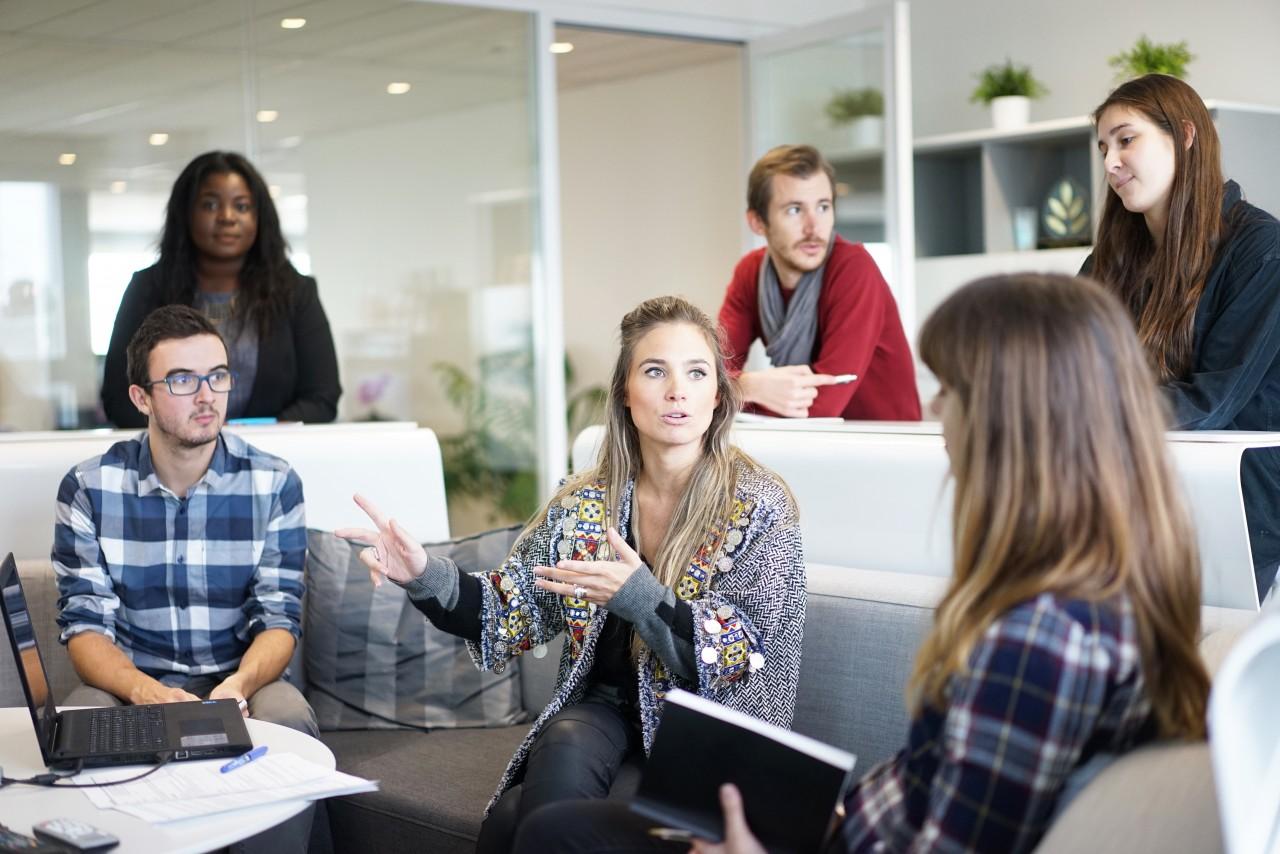 Женщины в НСО рассчитывают зарабатывать на 10 000 меньше, чем мужчины
