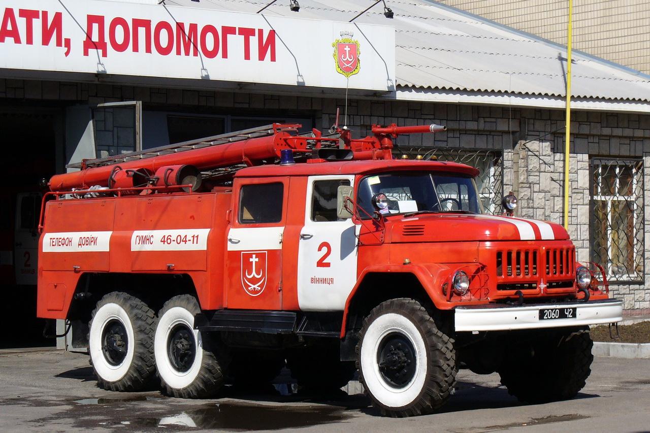 Новосибирцы оценили доступность дворов для проезда пожарной техники