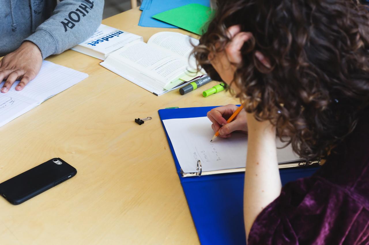 СберЗдоровье и СберКласс рассказали, как справиться со стрессом перед экзаменами