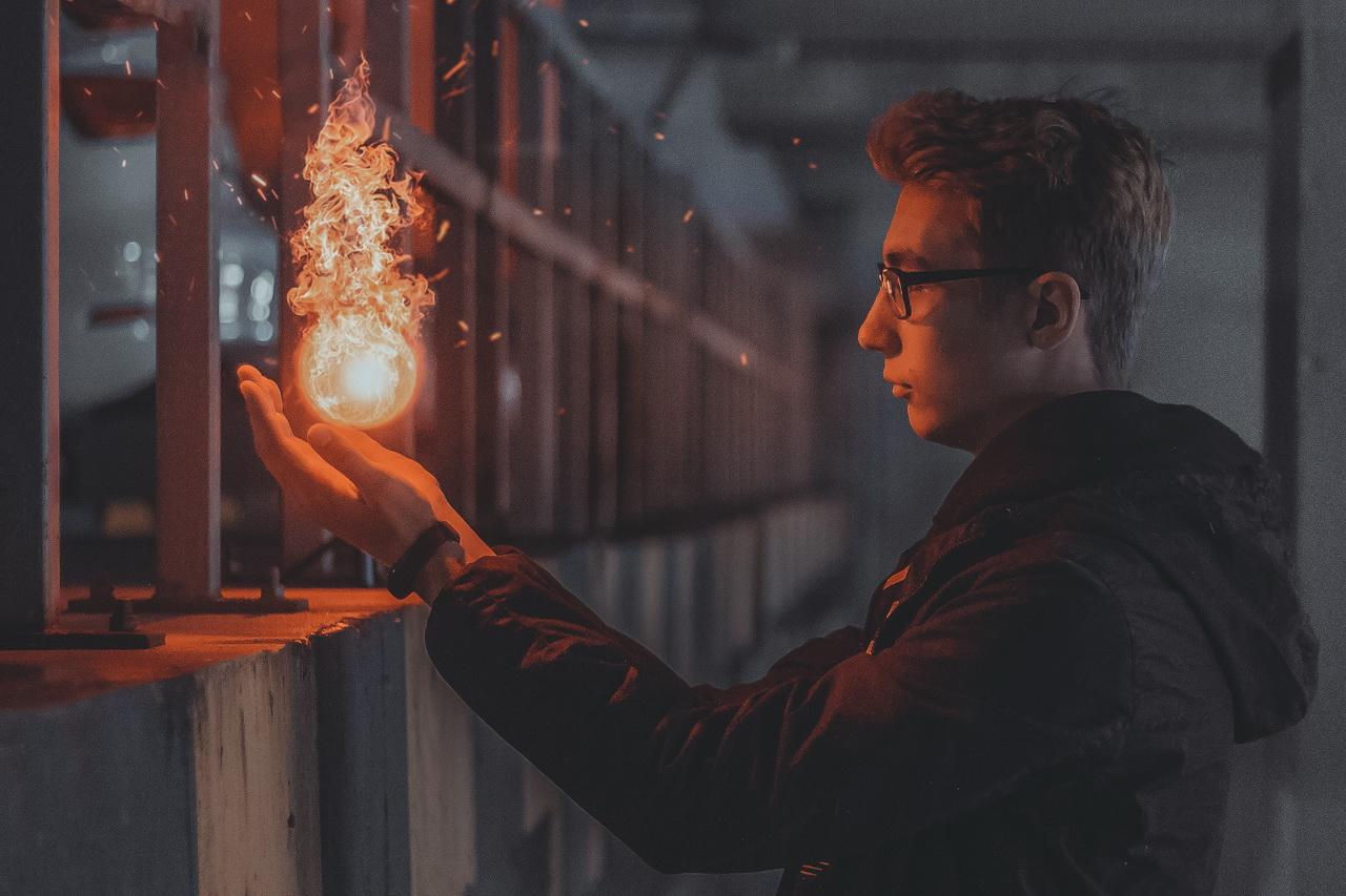 Российские компании начали искать волшебников